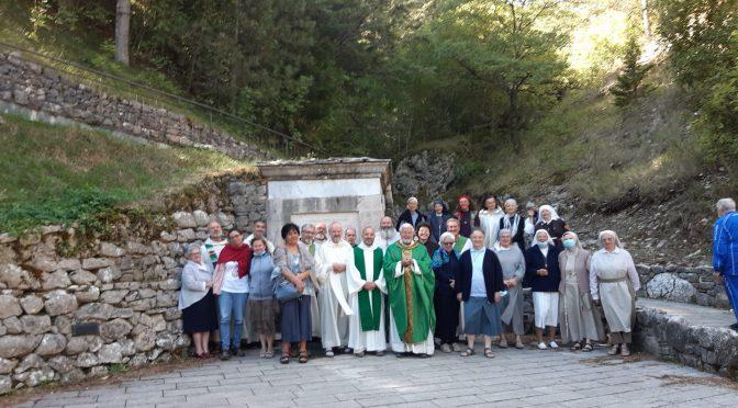 Dopo l'incontro con gli eremiti E' nata una collaborazione con Madre Mirella Muià